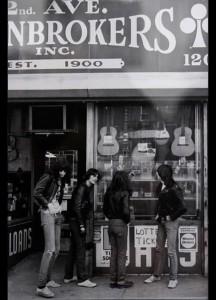 Ramones, shopping
