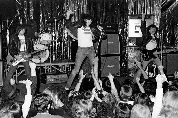 Ramones, by Charles Shaar Murray , 1975