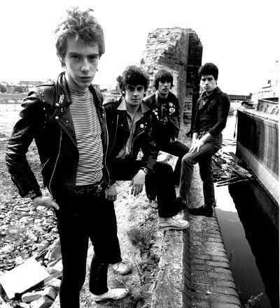 STIFF LITTLE FINGERS 80